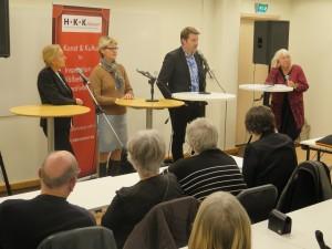 fr v Anneli Fällman,  Karin Strömberg Ekström, Henrik Örneblad samt Madeleine Engfeldt-Julin, moderator